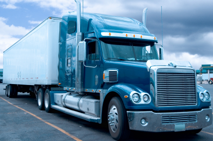 Typical 18 wheeler truck used for US goods distribution network.
